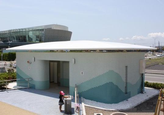 焼津漁港トイレ
