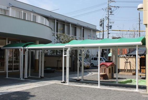小川幼稚園渡り廊下